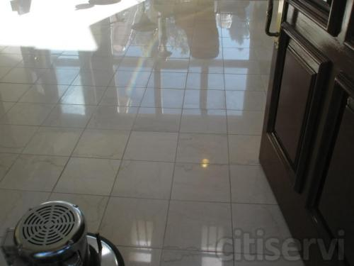 Polished stone by J2 Cleaning