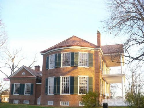 New roof on Historic Mansion
