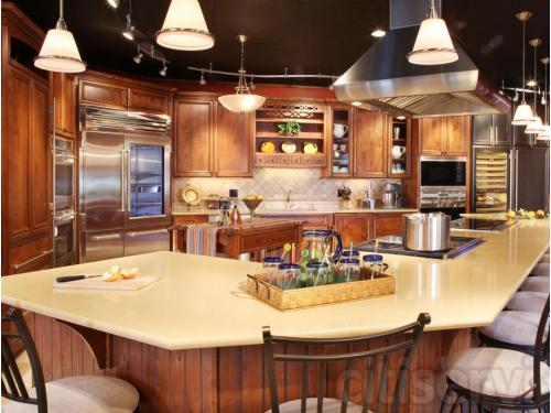 Live Wolf and Sub-Zero Kitchen in the Louisville Showroom