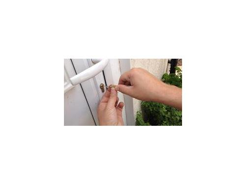Locksmith Charleston is an emergency mobile locksmith service in Charleston, South Carolina. We provide emergency locksmith services as well as locksmith services by appointment. Locksmith Charleston can help you with just about any type of locksmith serv
